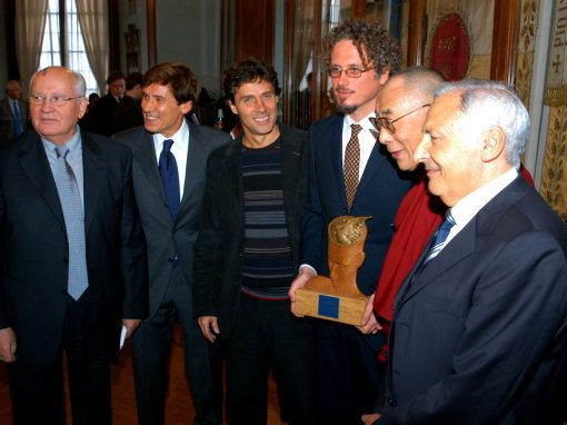Peace Summit Award 2003: Italian National Singers' Football Team