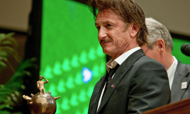 Peace Summit Award 2012: Sean Penn