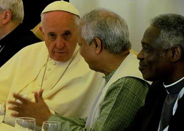 Pope Francis Yunus