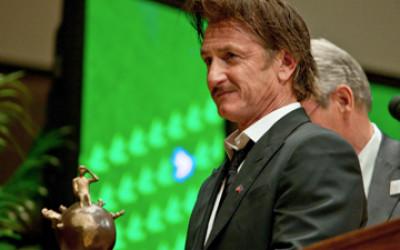 peace awards Sean Penn